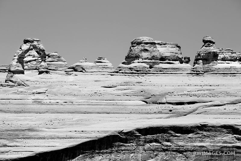 DELICATE ARCH FROM VIEWPOINT ARCHES NATIONAL PARK UTAH BLACK AND WHITE
