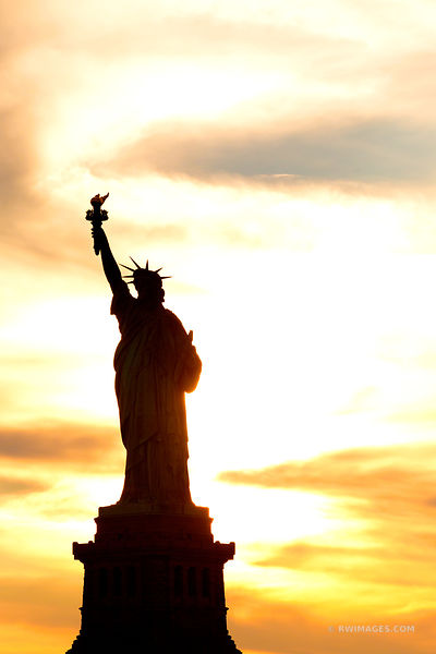 FEEL OF FREEDOM: STATUE OF LIBERTY NEW YORK CITY NEW YORK COLOR VERTICAL