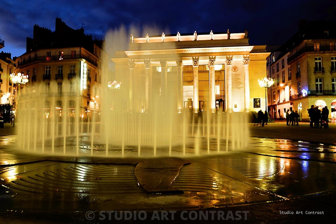 Nantes_fontaine_palais_katorza_by_night_signee