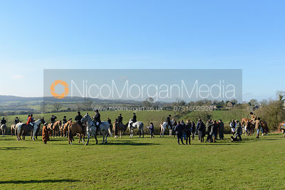The visit of the Heythrop Hounds 16/2