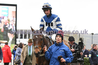 William_Henry_winners_enclosure_13032019-1-2