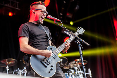 Keith Wallen, guitar, Breaking Benjamin