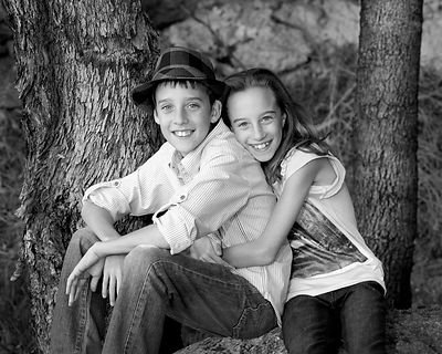 perth_siblings_portrait_Australian_gum_trees