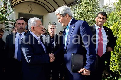 Secretary Kerry Says Goodbye to Palestinian Authority President Abbas After Meeting in Amman Amid Series of Conversations in ...