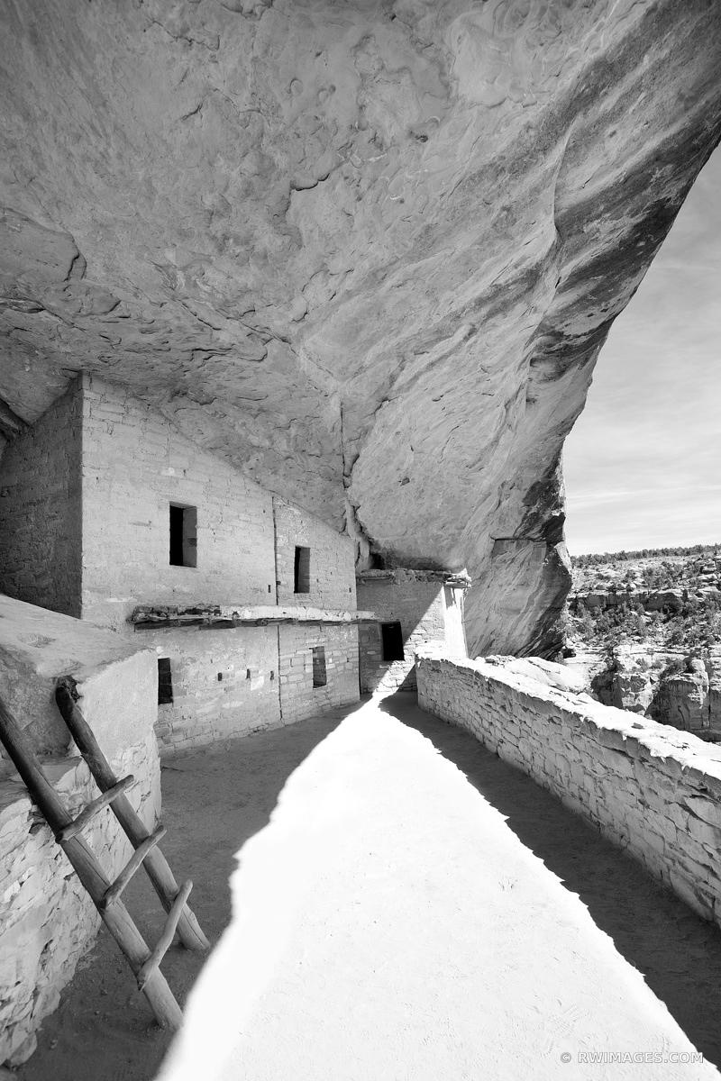 BALCONY HOUSE MESA VERDE NATIONAL PARK COLORADO BLACK AND WHITE VERTICAL