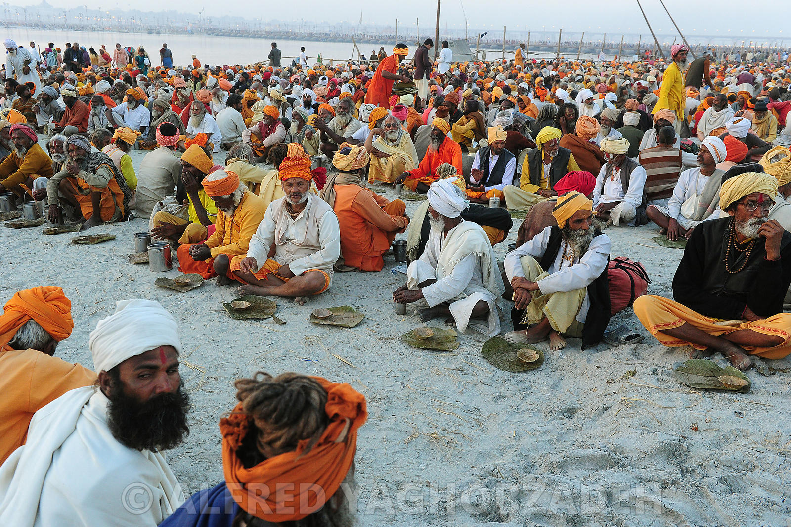 kumbh Mela Hindu pilgrimage logistics and daily life 2013..Kumbh Mela hindous logistique du pèlerinage et vie quotidienne 2013.
