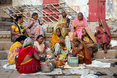 One of my favorites of my photos of women in India, so simple but gorgeous, Dashashwamedh Ghat, Varanasi, India