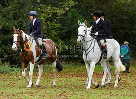Clare Bell, Dick Wise at the meet. The Cottesmore Hunt at Somerby