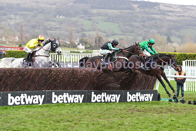 Altior_Politologue_Sceau_Royal_13032019-1