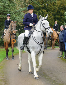 Joanne Rutter arriving at the meet - The Cottesmore Hunt at Little Dalby 7/2