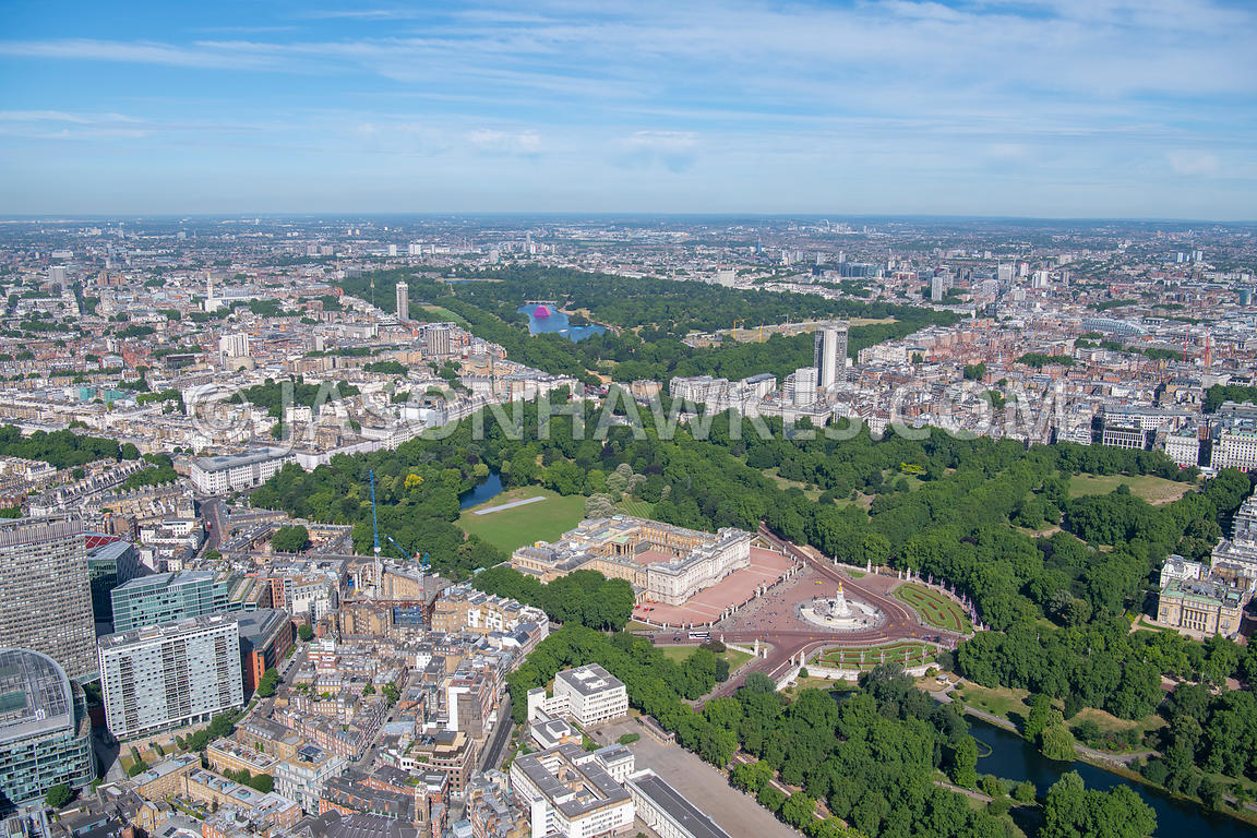 London, aerial view of Buckingham Palace
