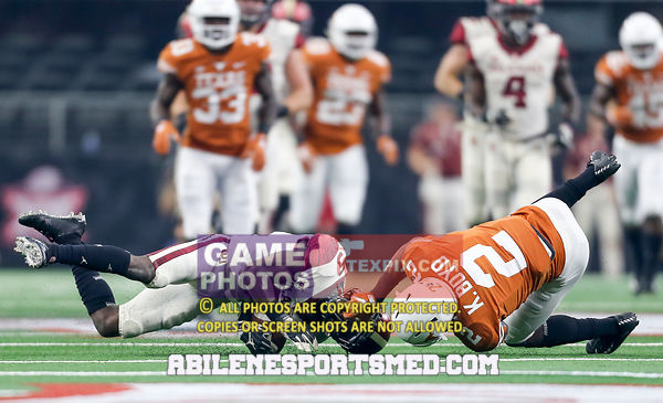 NCAA Football 2018:  Texas v Oklahoma Dec 01