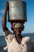 Woman carrying sand, Nkhotakota, Malawi