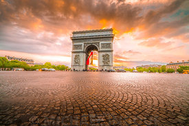 arc_triomphe_sunset_amazing_cloud_henge_2018