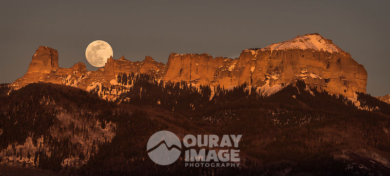 Moonrise over Chimney Peak
