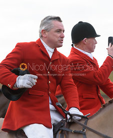 Michael Dungworth addresses the field - The Belvoir Hunt at Sheepwash 31/12