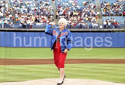 Mrs. Bush throws the ceremonial first pitch of a Texas Rangers baseball game, Dallas, TX,.05 May 89.