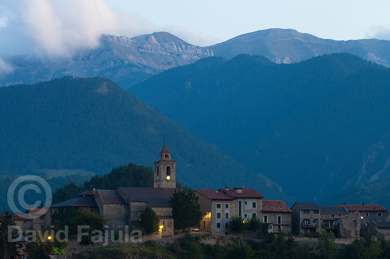 Bellver de Cerdanya at dusk, with the Cadí Mountain Range in the background. To cross it represents one of the most challengi...