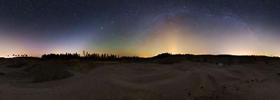 Zodiacal light, airglow and Milky Way above Southern Finland on October 29 2014.