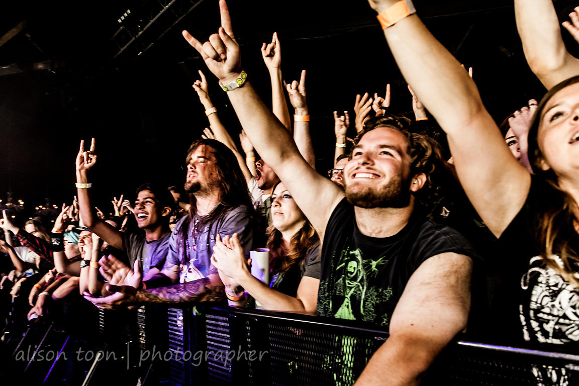 Fans watching Devin Townsend Project