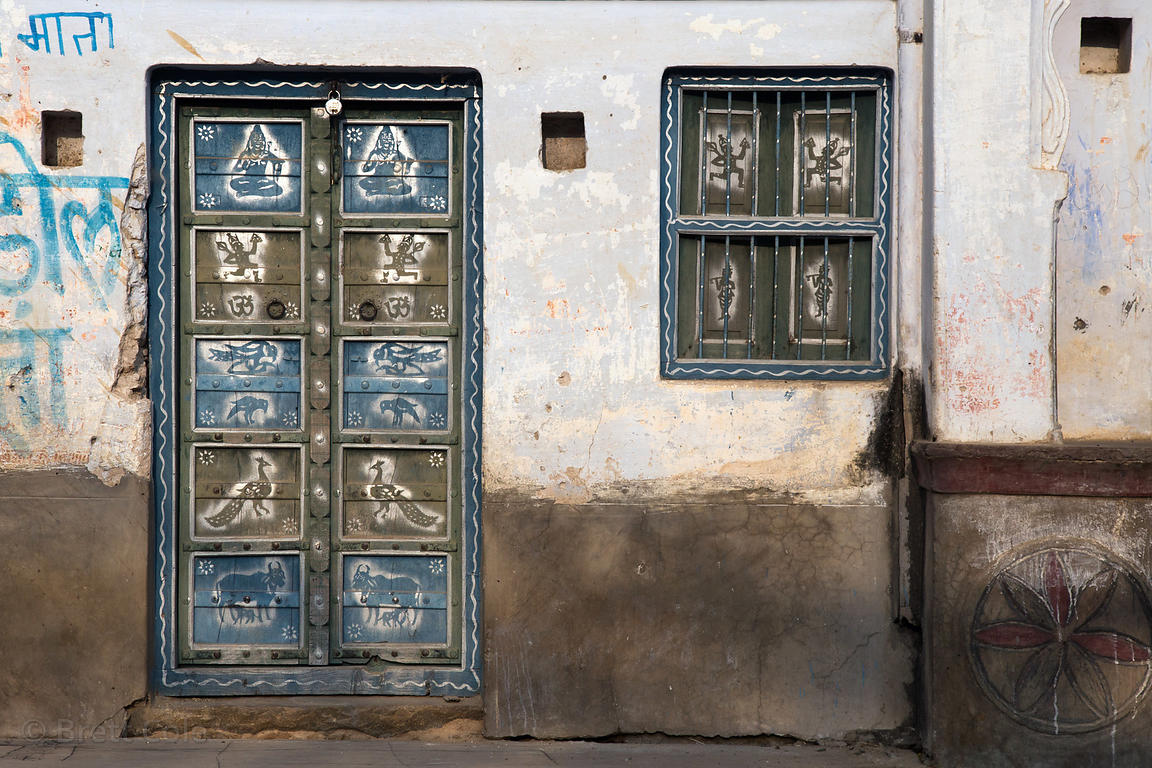 Folk art on a door in Khori village, Rajasthan, India