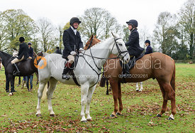 Dick Wise, Hilary Butler at the meet. The Cottesmore Hunt at Somerby