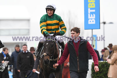 Birchdale_winners_enclosure_260119-3