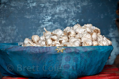 Whole garlic for sale at a market in Bundi, Rajasthan, India