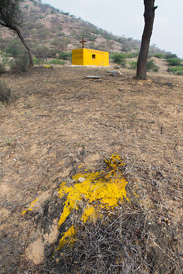 Striking yellow grave in a remote desert area, Badlya, Rajasthan, India