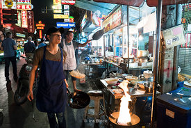 Food vendors on the streets in Chinatown, Bangkok, Thailand.