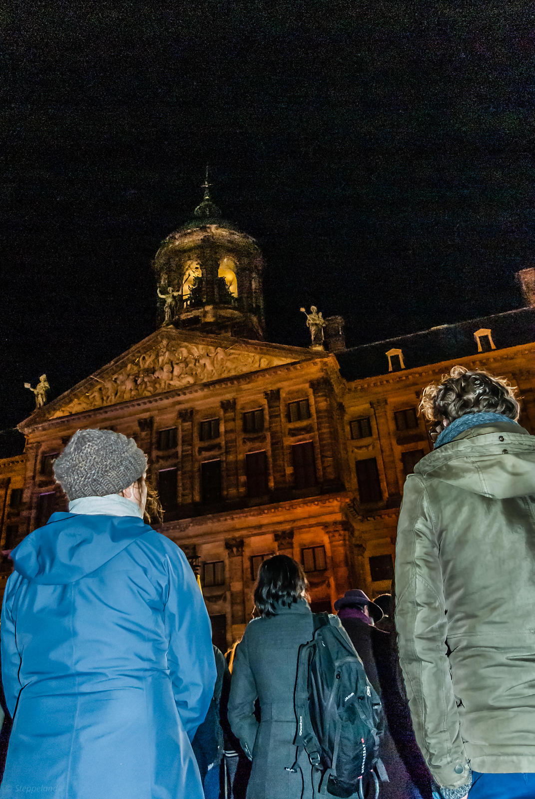 Amsterdam, Netherlands 2015-01-08: A minute of silence in solidarity with the victims and survivors of the terrorist attack i...
