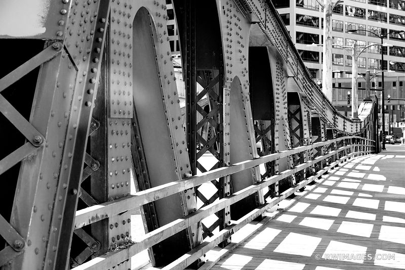 LA SALLE BRIDGE CHICAGO DRAWBRIDGE  CHICAGO ILLINOIS BLACK AND WHITE