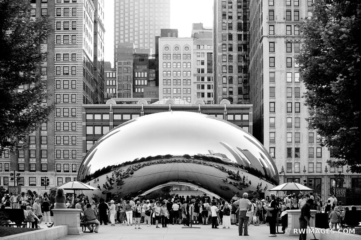 CLOUD GATE THE BEAN CHICAGO ILLINOIS BLACK AND WHITE