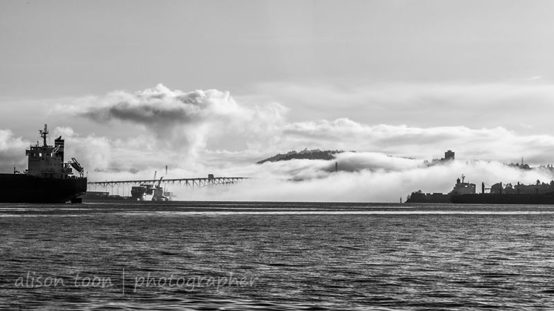 Vancouver Harbour, bridge and mist