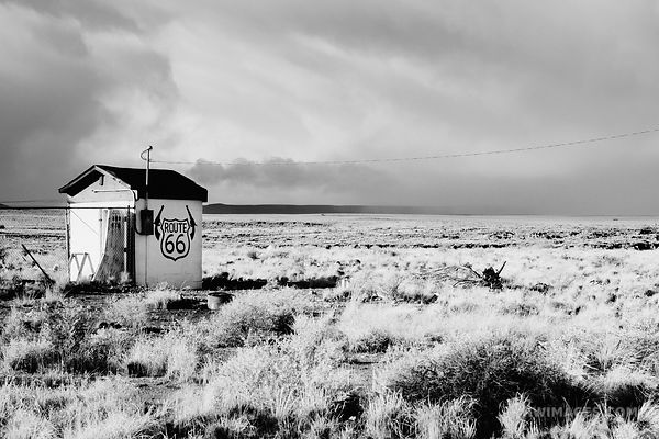ROUTE 66 TWO GUNS ARIZONA BLACK AND WHITE