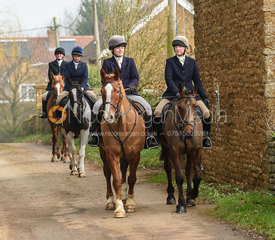 The Cattistock hounds visit the Belvoir Hunt at SpringField Farm 23/2