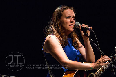 Hoopla - Lucy Wainwright Roche, Englert Theatre, June 12, 2014