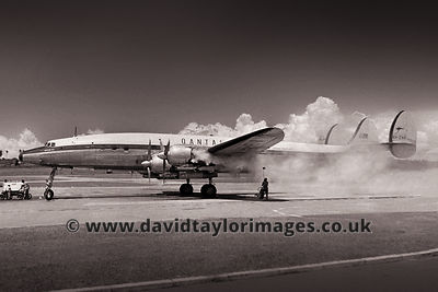 Smokey | Super Constellation VH-EAK | Singapore Paya Lebar June 1962