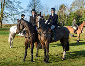 Hermione Brooksbank, Isobel McEuen at the Cottesmore Hunt meet at Pickwell Manor 8/1