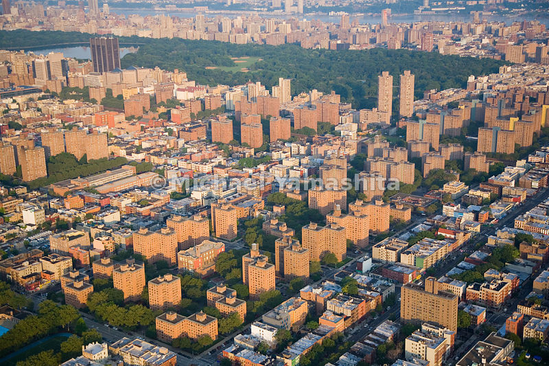 In this view, Manhattan's Upper East Side extends to the edge of Central Park, visible in the upper part of the image.  New Y...