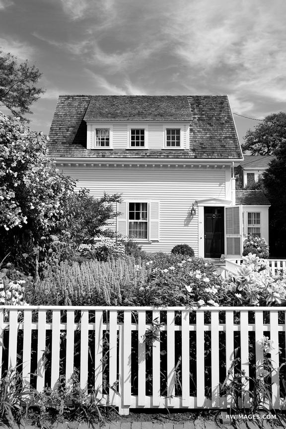 NANTUCKET TOWN ARCHITECTURE BLACK AND WHITE