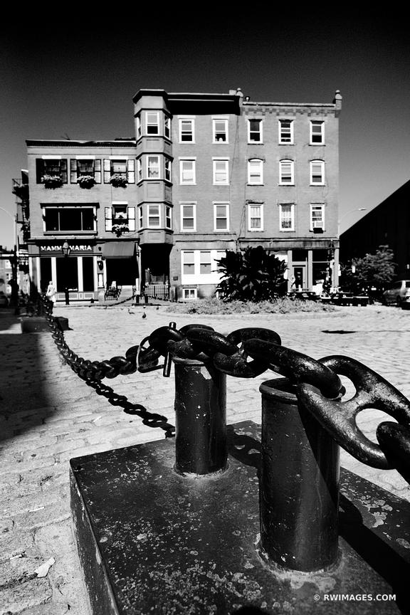 BOSTON NORTH END BLACK AND WHITE VERTICAL