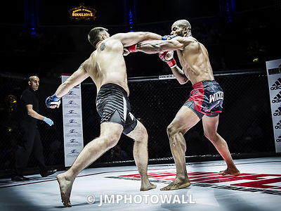 19092015CageEncounter4_DSC3188