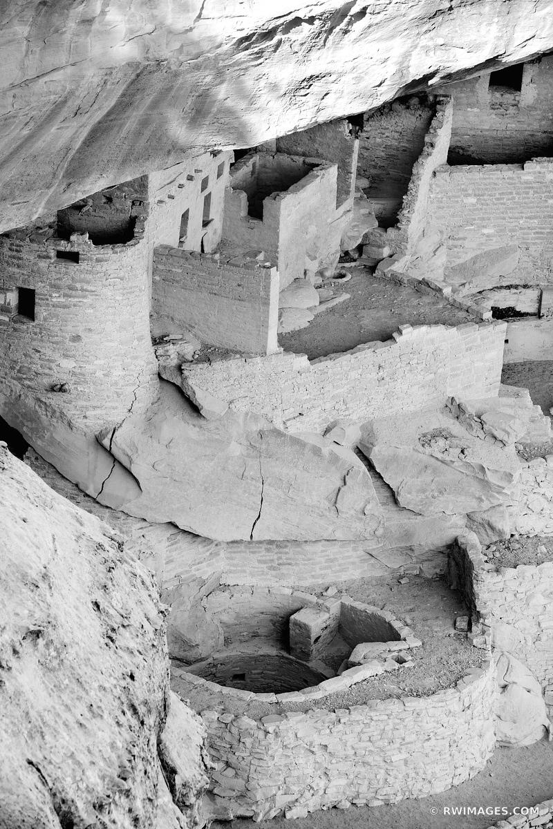 CLIFF PALACE DWELLINGS MESA VERDE NATIONAL PARK COLORADO VERTICAL BLACK AND WHITE