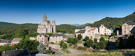 Saint Nectaire and its romanesque church, Auvergne
