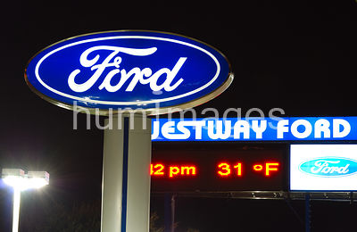 Bob Westway Ford in Irving, TX (night)