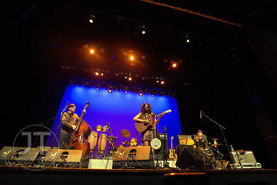 Hoopla - Valerie June, Englert Theatre, March 5, 2014
