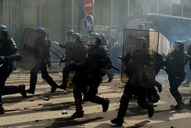 Paris protests against Controversial French Labor reforms.