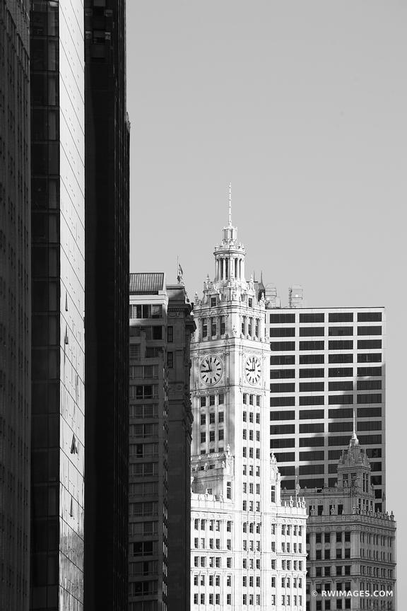 WRIGLEY BUILDING CHICAGO BLACK AND WHITE VERTICAL