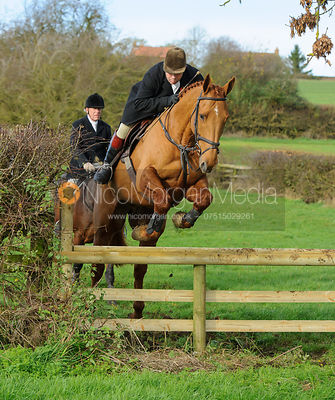 Graham Smith jumping a hunt jump